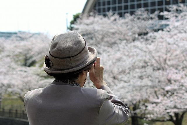 介護福祉士をお持ちの方!永福町駅から徒歩10分の有料老人ホーム