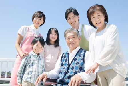 「いきいきと暮らす」お手伝いを理念に心で繋がる介護【施設名:アルプスの杜「さがみ」】